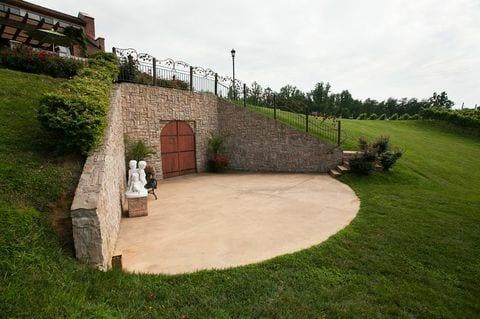 Coyote Wine Cave exterior