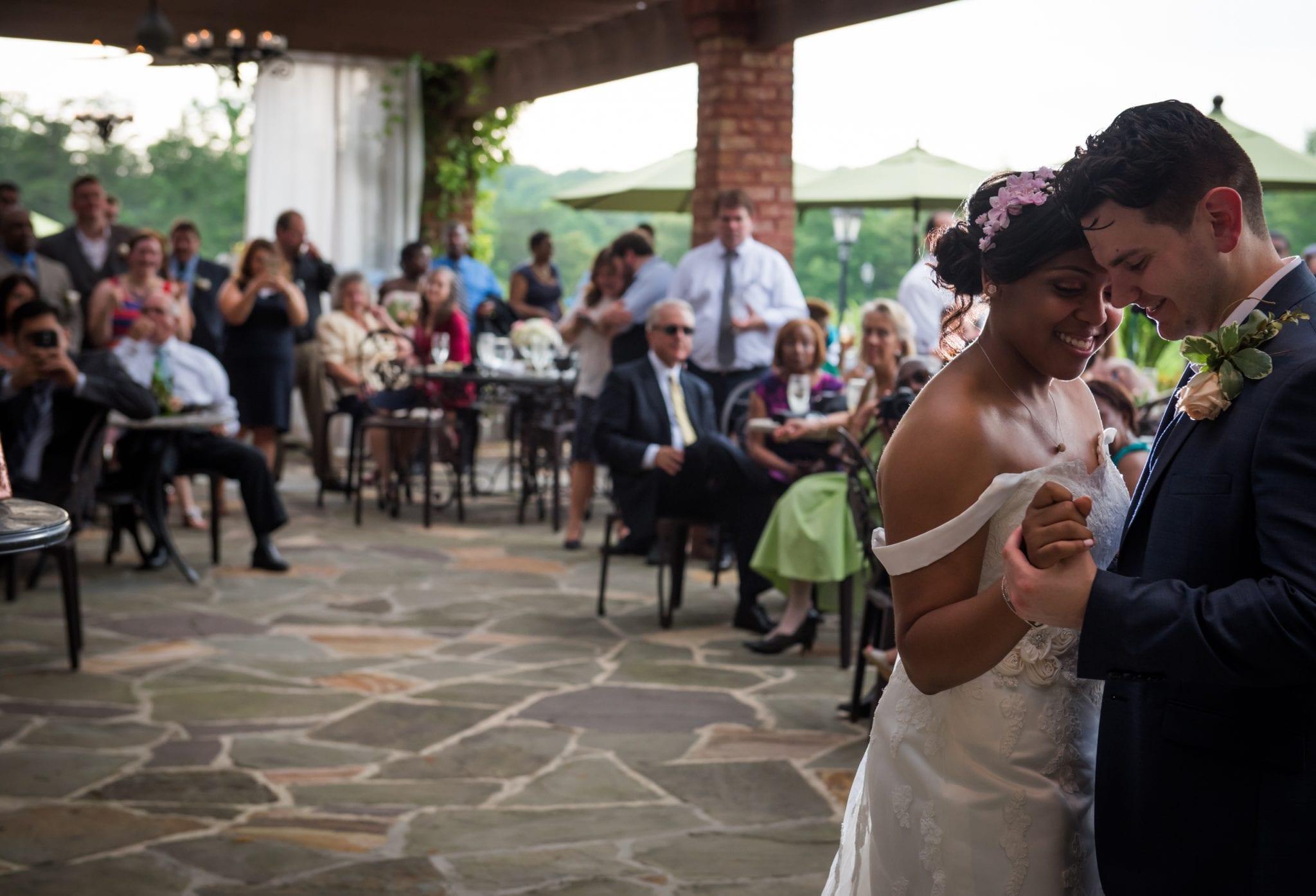 Northern Virginia June Winery Wedding - potomacpointwinery.com