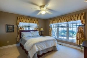 Waterfront Airbnb only 3 miles from winery | Potomac Point Winery